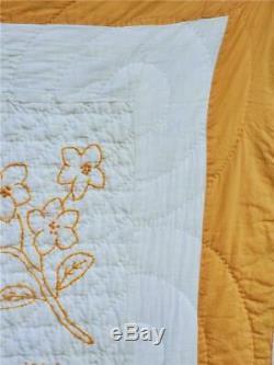 (277) Lovely! 1930s VINTAGE HANDMADE QUILT Goldenrod EMBROIDERED Flowers Names