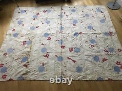 ANTIQUE AMERICAN LARGE (69x88) WHITE-RED-BLUE HEXAGON-DIAMOND SHAPE QUILT