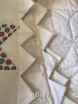 Beautiful VINTAGE Handmade HAND QUILTED Patch QUILT Queen Size
