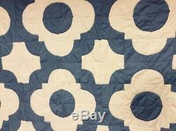 Charming Vintage Handmade Blue & White Cottage Farmhouse Quilt