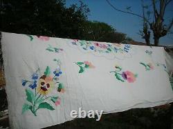 Exceptional Vintage/Antique Applique QUILT Top Spread Hand Made PANSIES Floral
