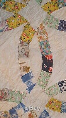HAND SEWN QUILT VINTAGE ANTIQUE QUILT HAND MADE Cotton 62 x 72 WEDDING RING BAND