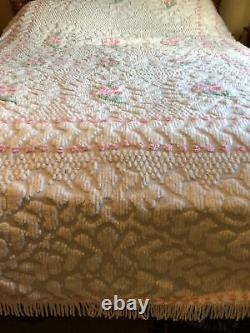 Plush Vintage Chenille Bedspread QuiltHandmade Flower DesignLarge 88 X 102