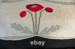 Rare Vintage Unique Handmade Red Poppy Flowers Applique Quilt