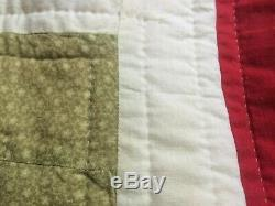 VINTAGE HANDMADE Vases and Flowers Four Block Quilt 80 x 80