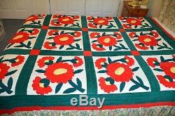 VINTAGE Handmade Applique Flowers BED QUILT 65 x 82 Velvet/Velour Poppy