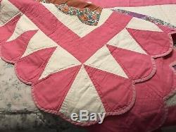 VINTAGE Stunning Pink White Lady SunBonnet Sue QUILT 78 x 87 HANDMADE