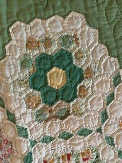Vintage 1930s Handmade Quilt Grandmother's Flower Garden Lightweight L77 W70