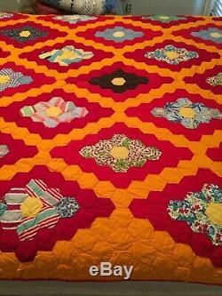 Vintage 60's Handstitching handcrafted Quilted Patchwork Quilt Blanket 67x82