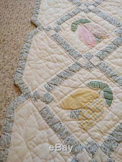 Vintage Folk Art Handmade Tulip Cotton Quilt Bedspread 81x82 Queen Full