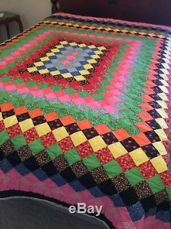 Vintage Hand Made Quilt Dynamic Diamonds Pattern Full / Queen 77 x 89