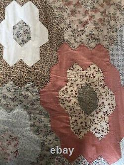 Vintage Hand Sewn Light Weight King Size Patchwork Quilt 225 x 255cm Hexagons