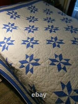 Vintage Hand Sewn Quilt Evening Star Blue and White 78 x 99