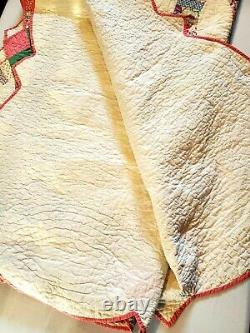 Vintage Handmade Double Wedding Ring QUILT 72 X 88 HAND Quilted Scalloped