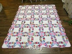 Vintage Handmade Hand Quilted Wedding Ring Patchwork Quilt Colorful 68 x 80