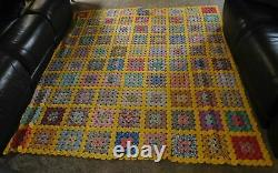 Vintage Handmade Hand Stitched feedsack Yoyo Quilt yo yo yellow Twin Double
