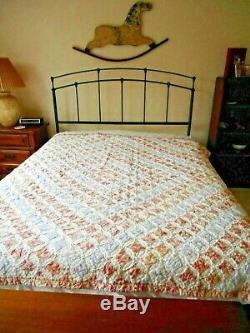 Vintage Handmade Quilt-Artisan Quilt-HAND STITCHED-Cathedral Window Pattern