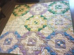 Vintage Handmade Quilt Drunkards Path Feed sack Depression Era