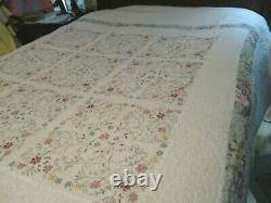 Vintage KING /QUEEN SIZE Hand Made Quilt Elaborate Floral Embroidery 114 x 94