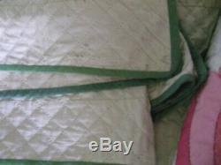 Vintage Quilt Hand Made Quilted Beautiful Pink Tulip Floral Design 78 x 90 Bed