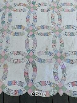 Vintage Quilt Handmade Quilt Wedding Ring Design Feedsack 68 X 92