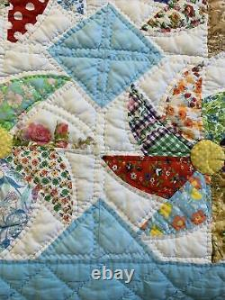 Vintage Quilt Pin Wheel Blue Backing/Border 69x75 Hand Quilted