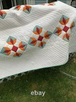 Vintage Quilt tulip type Star 60x80 Hand Quilted. Indiana Amish Quilt