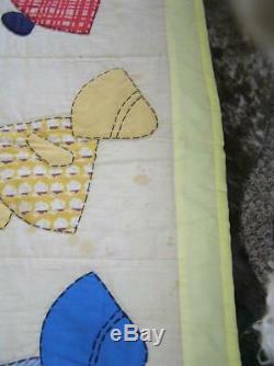 Vintage Sunbonnet Sue Quilt Yellow Backing 70 x 83 Handmade Patchwork QUILT