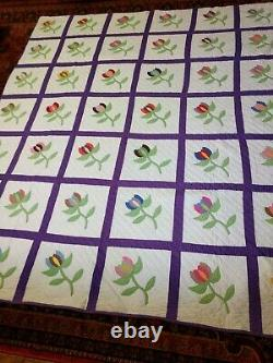Vintage Tulip Applique Quilt