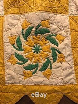 Vintage Tulip Design QUILT Handmade Hand Stitched, 70x88