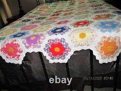 Vtg 40's Handmade Grandmother Flower Garden Feedsack Fabric Quilt Scalloped Edge